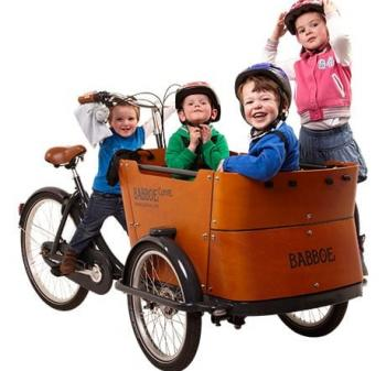Kids in cargo bike